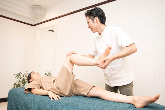 身体の不調以外に施術前後各部位の可動域・変化をしっかり確認