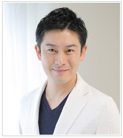 美容鍼業界の第一人者長谷川先生